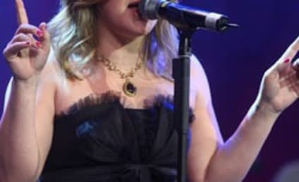 Kelly Clarkson's Secrets to Staying in Shape