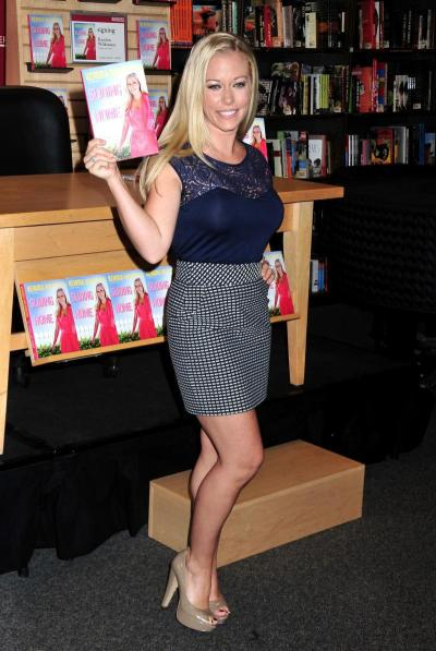 Kendra and Her Book