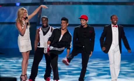 Cat Deeley and Contestants