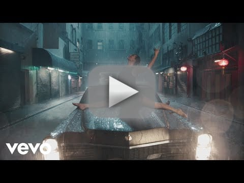 Taylor swift releases delicate music video no one seems to care