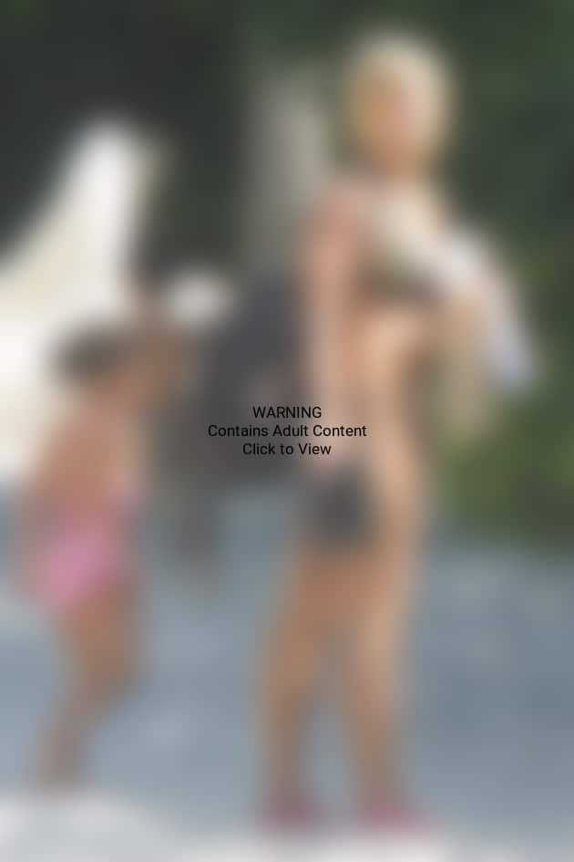 A Kate Gosselin Bikini Photo