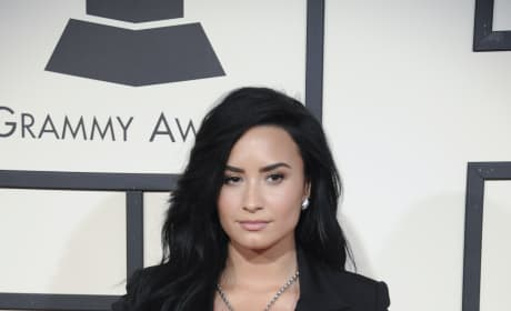 Demi Lovato at 2016 Grammys
