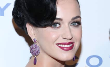 Robert Pattinson: Cozying Up to Katy Perry?!?