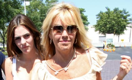 Dina Lohan Shopping New Show About Lindsay?