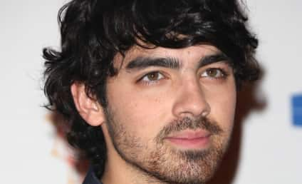 Blanca Eggenschwiler: Dating Joe Jonas?