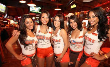 Middle School Football Coach Fired For Planning Team Banquet at Hooters