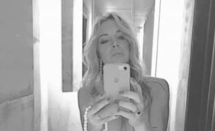 Lindsay Lohan: TOPLESS in Racy Deleted Photo!
