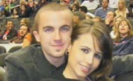 Frankie Muniz 911 Call: She's Hitting Me in the Face