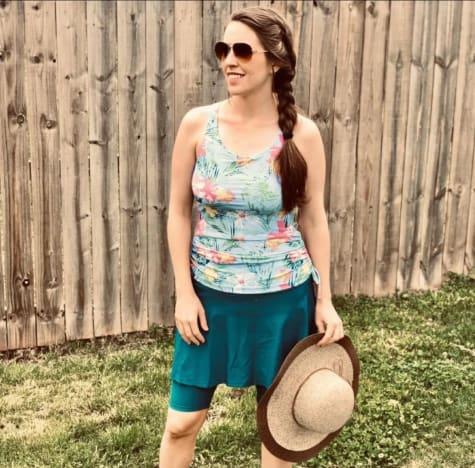 Jill Duggar wears a bathing suit