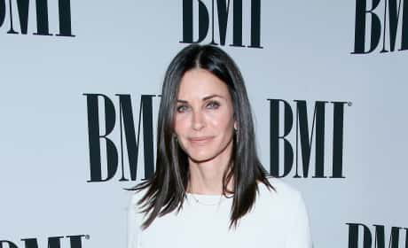 Courteney Cox BMI Pop Awards 2016