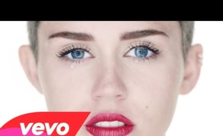 "Miley Cyrus ""Wrecking Ball"" - Director's Cut"