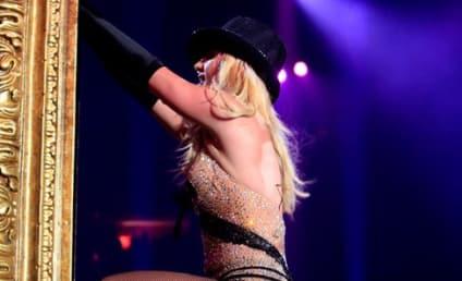 Terra Jole (a.k.a. Mini Britney) Fights With Mini FedEx