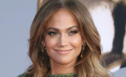 Jennifer Lopez in Miami: What Divorce?!?