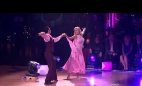 Kate Gosselin Dances