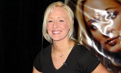 Mindy McCready Dead of Apparent Suicide