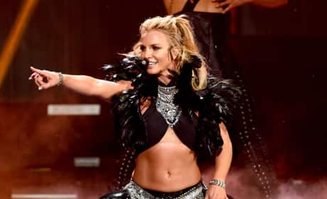 Britney Spears: Her Sexiest Performances Ever!