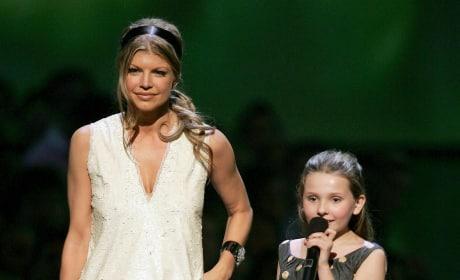 Fergie Abigail Breslin 2006 VMAs