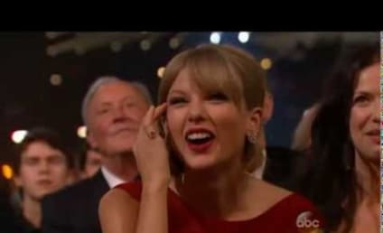 Taylor Swift Accepts Pinnacle Award, Breaks Down on Stage