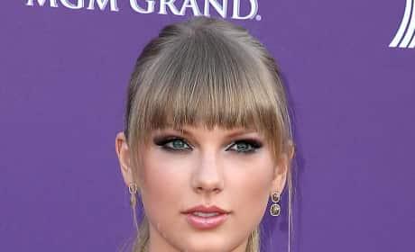 Taylor Swift, Dark Eyeshadow