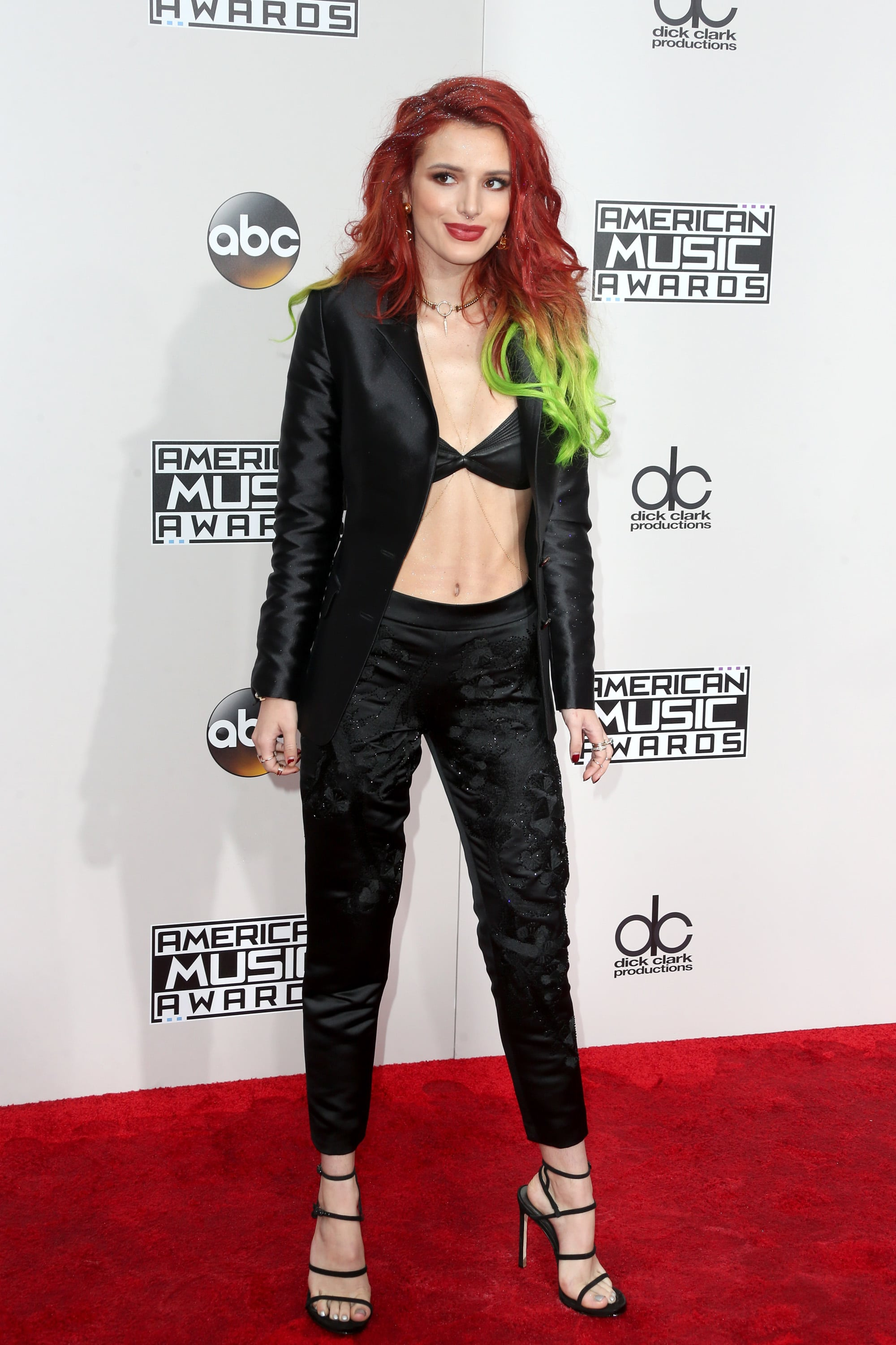Bella thorne life information - Bella Thorne Life Information 17