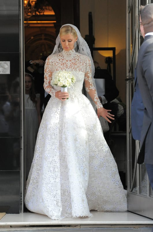 Alison Brie Wedding Dress