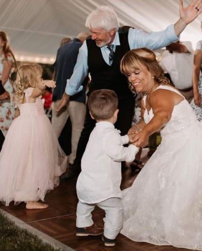 Dansende jonggehuwden!