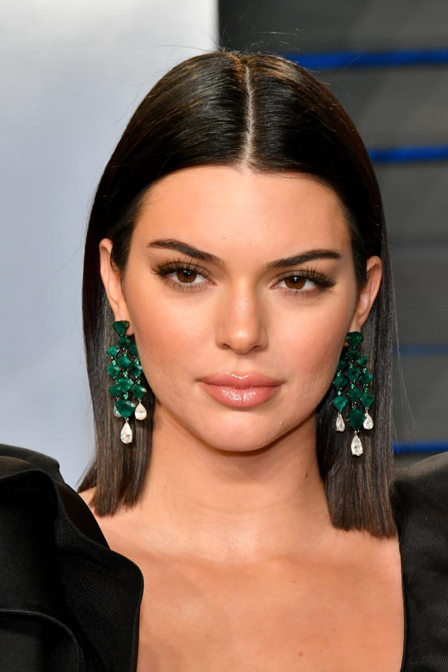 Kendall Jenner's Vanity Fair Oscars Afterparty Dress ...  |Kendall Jenner