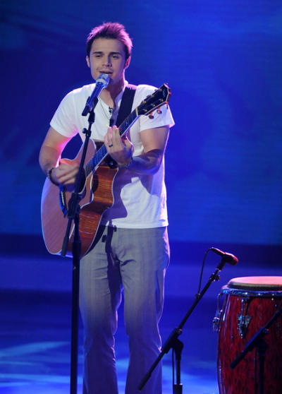 Kris Allen Performance
