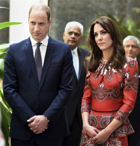 William and Kate: Ceremony at Martyrs Memorial at Taj Mahal Palace Hotel