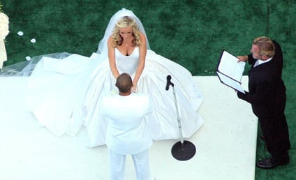 Kendra Wilkinson Wedding Photos, Details