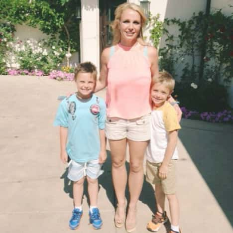 Britney Spears, Sean and Jayden Pic
