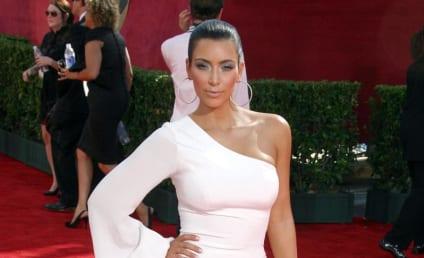 Kim and Kourtney Kardashian Klash on Red Karpet