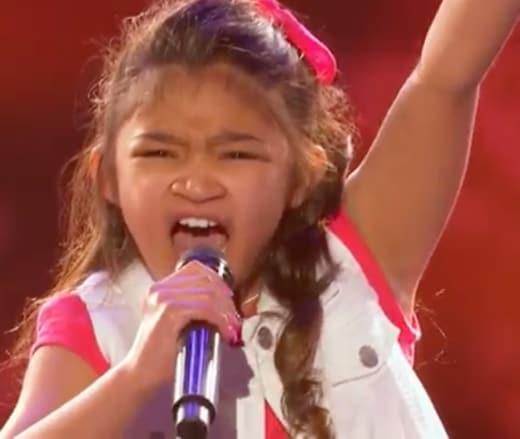Angelica Hale Photo