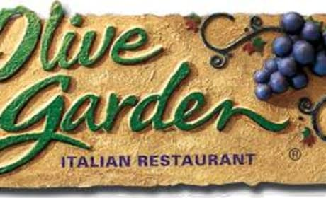 Man Goes on Date with Olive Garden Manager, Reveals Stunning Breadstick Secrets