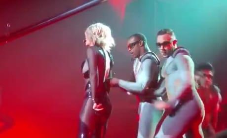 Britney Spears Wardrobe Malfunction: Oops, She Did It Again!