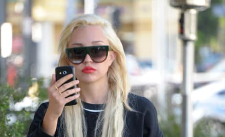 Amanda Bynes on the Loose in LA