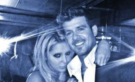 Robin Thicke Being Kind of Shady