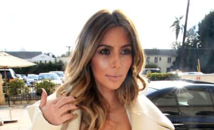 Kim Kardashian: Krazy Kleavage Alert!