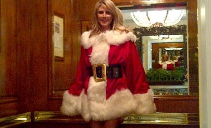 Heidi Klum Twitpic: Hottest Santa EVER