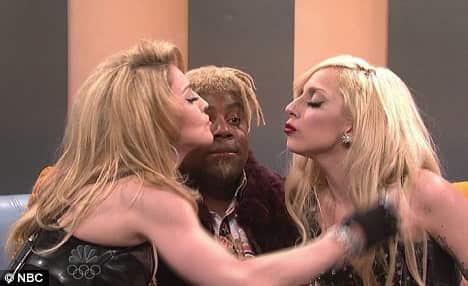 Lady Gaga and Madonna Kiss