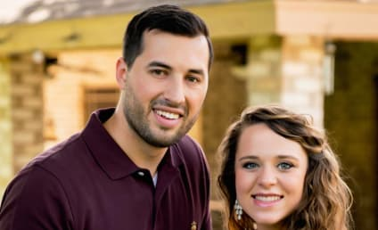 Jinger Duggar Earns Praise, Disbelief with Post-Baby Body Photo!