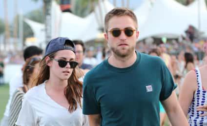 Robert Pattinson and Kristen Stewart: Spotted at Coachella!!
