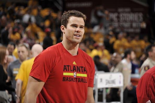 Kris Humphries At The Atlanta Hawks v Cleveland Cavaliers