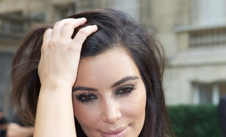 Kim Kardashian, Too Close Up