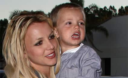 Britney Spears and Jayden James Do Dinner