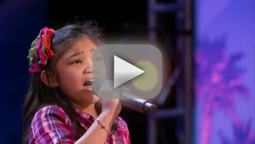 Young girls shocks everyone with amazing vocals on americas got