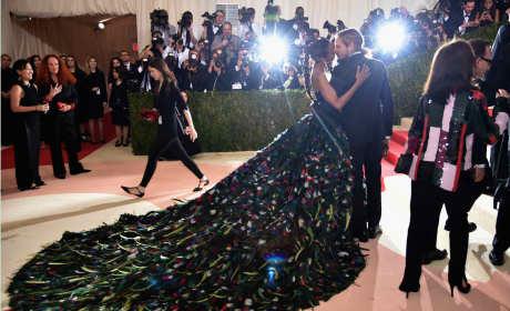 Zoe Saldana and Marco Perego: 2016 Costume Institute Gala