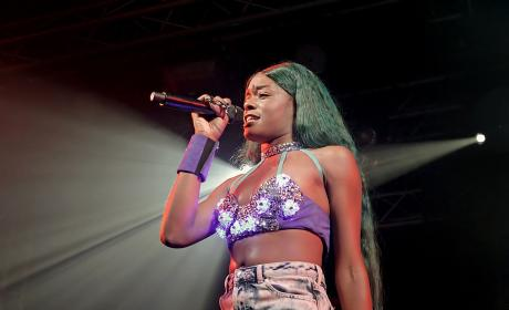 Azealia Banks on Stage