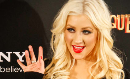 Christina Aguilera vs. Fergie: Tiara Turmoil!