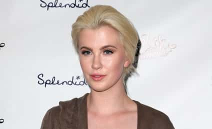 Ireland Baldwin: COMPLETELY Naked on Instagram!